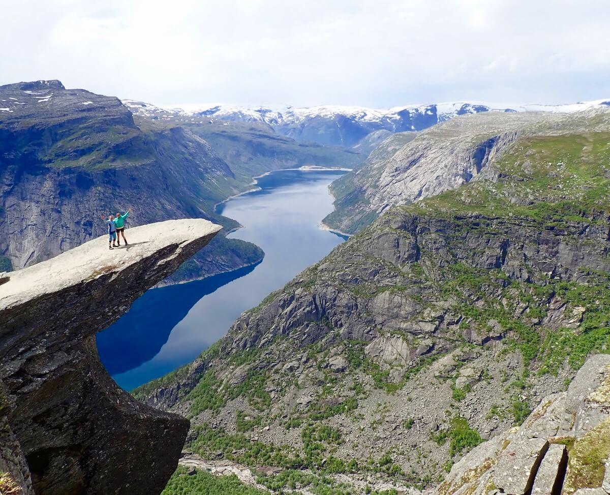 Trolltunga er ein av dei mest imponerande fjellformasjonane i verda! Foto: Trolltunga AS.